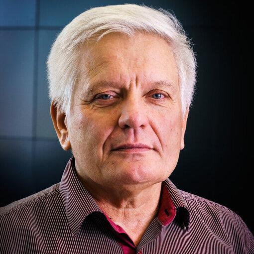 prof. Ing. Róbert Lórencz, CSc. - FIT ČVUT